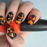 Pumpkin nails for Halloween.