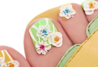 Blooms looking good on toes.